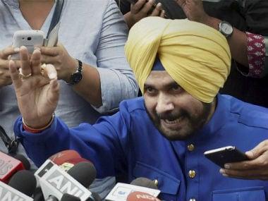 Navjot Singh Sidhu joining Congress? Ex-BJP MP meets Rahul Gandhi
