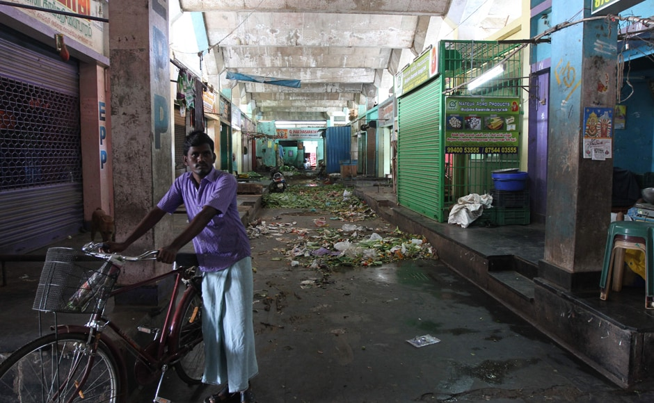 About 20,000 small and medium scale units in and around Chennai extended support to the baqndh and downed shutters. V Srinivasulu