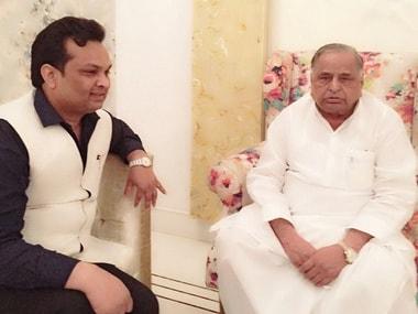 Samajwadi Party rift: Mulayam Singh Yadav aide hits out at Akhileshs sycophants