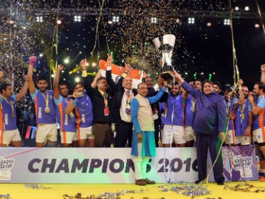 India lift their 2016 Kabaddi World Cup. Twitter/ Star Sports