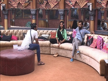 Bigg Boss 10 Episode 33, 18 November 2016: Manu, Manveer sent to jail; Captain Rohan and Lopa get into a massive fight