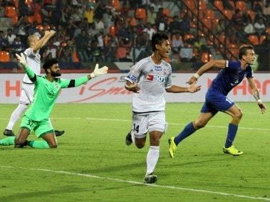 ISL 2016: FC Pune City score last-gasp goal to beat Mumbai City FC; keep semi-final hopes alive