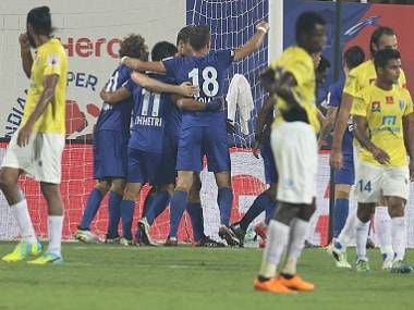 ISL 2016: Big defeat to Mumbai City FC hurts Kerala Blasters goal difference, may hit play-off chances