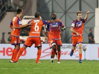 ISL 2016: Unpredictable FC Pune City revive play-off race with third win in four games
