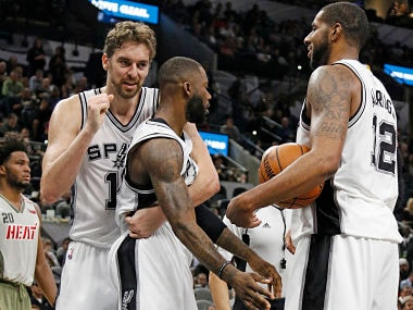 NBA roundup: San Antonio Spurs sink Miami Heat; James Harden lifts Houston Rockets to win