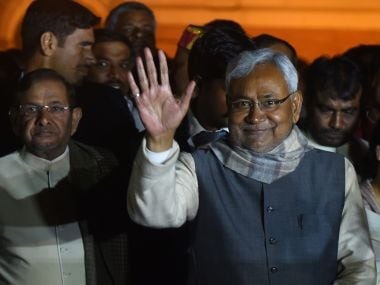 Nitish Kumar asks cops to act against those in liquor trade