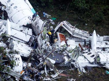 Chapecoense plane crash: Pilots were aware of fuel shortage, were late in sounding alarm, confirm authorities
