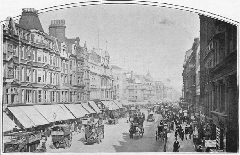 Oxford Street, London, circa 1900. From Living London, Vol. 1, edited by George R. Sims. Photo by The Print Collector/Getty Images