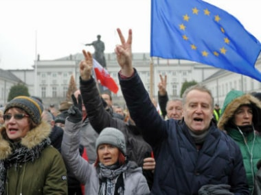Poland: New anti-government demonstrations after Parliament blockade
