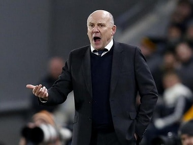 Premier League: Boss Mike Phelan says Hull City must adapt to new formation to avoid relegation