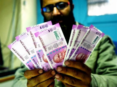Hyderabad: Income Tax dept seizes Rs 66 lakh cash in new Rs 2000 notes