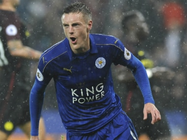 Premier League roundup: Jamie Vardy hattrick sinks Manchester City; Arsenal beat Stoke City