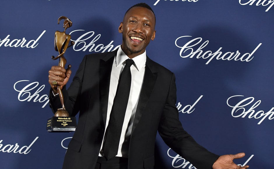 Mahershala Ali poses backstage with the award for breakthrough performance for 'Moonlight' at the 28th annual Palm Springs International Film Festival Awards Gala. AP Photo
