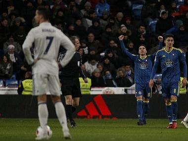 Football Soccer - Real Madrid v Celta Vigo - Spanish King's Cup - Santiago Bernabeu stadium, Madrid, Spain - 18/01/17 Celta Vigo's Iago Aspas (C) celebrates his first goal. REUTERS/Juan Medina