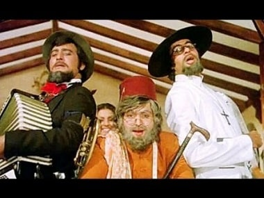 With Vinod Khanna and Amitabh Bachchan in 'Amar Akbar Anthony'