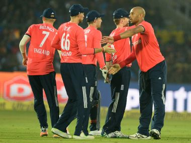 India vs England, 1st T20I: Visitors off to a flying start after restricting hosts to 147