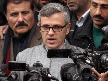 Kashmir human shield row: Omar Abdullah calls armys court of inquiry a farce