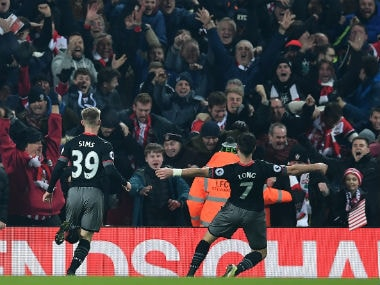 League Cup: Southampton into final thanks to Shane Longs injury-time winner against Liverpool
