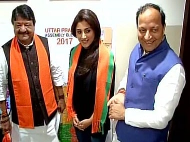 BJP National General Secretary Kailash Vijayvargiya and Rimi Sen in New Delhi. Twitter