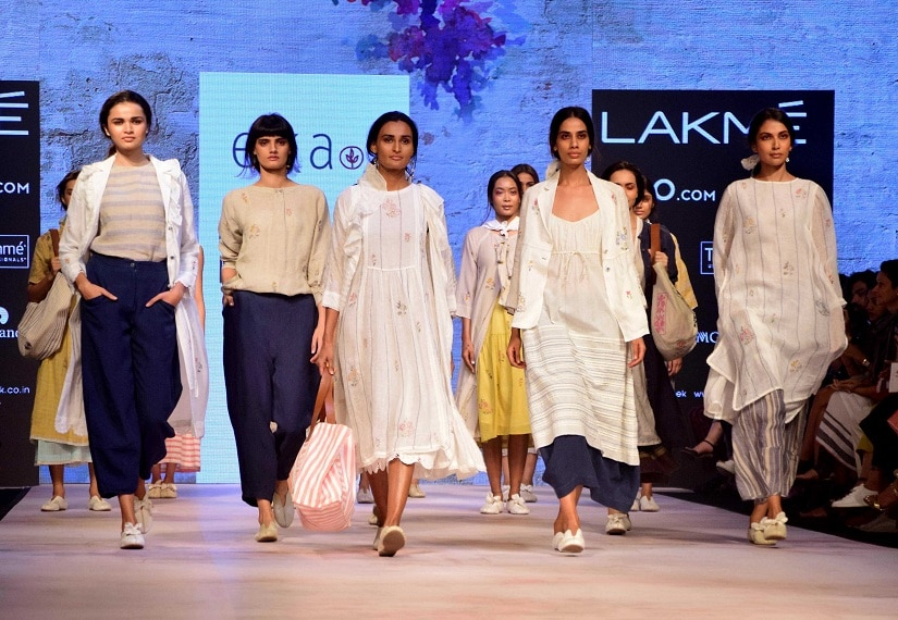 Models displays the creation of fashion designer Eka during the Lakme Fashion Week Summer/Resort 2017 in Mumbai, India on February 1, 2017. (Sanket Shinde/ SOLARIS IMAGES)