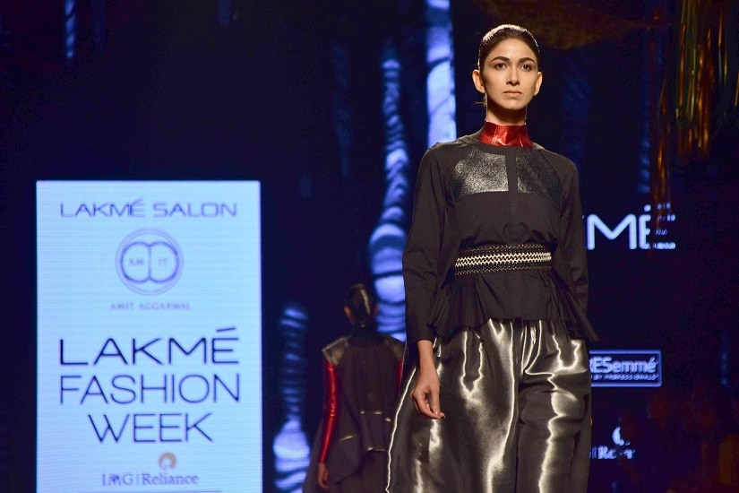 A model displays the creation of fashion designer Amit Aggarwal during the Lakme Fashion Week Summer/Resort 2017, in Mumbai, India on February 1, 2017.(Sanket Shinde/SOLARIS IMAGES)