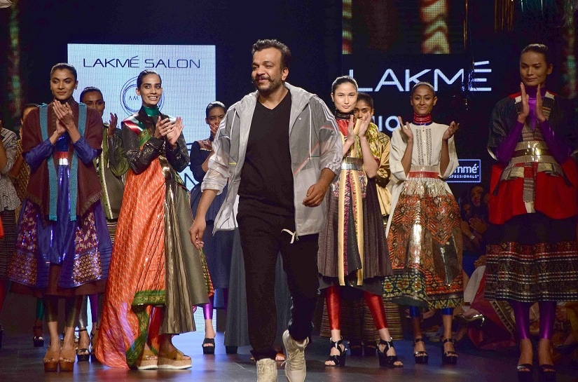Fashion designer Amit Aggarwal during his show at the Lakme Fashion Week Summer/Resort 2017, in Mumbai, India on February 1, 2017. (Sanket Shinde/SOLARIS IMAGES)