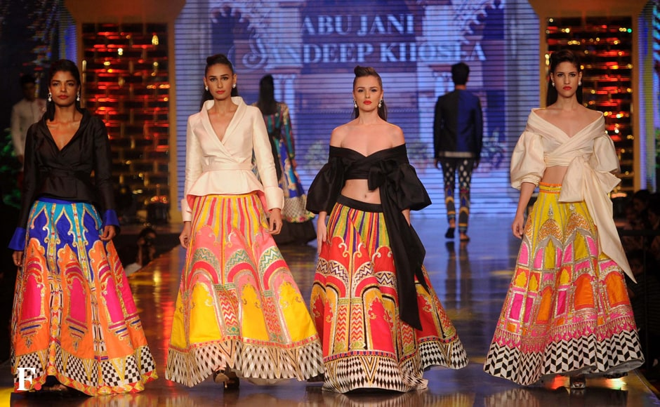 Caring With Style Abu Jani Sandeep Khosla Host Fashion Show In Aid Of Blood Cancer Stricken Children Photos News Firstpost