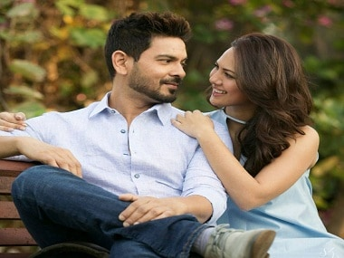 Keith Sequeira and Rochelle Rao are officially engaged; Bigg Boss 9 couple to wed next year