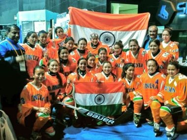 The Indian women's ice hockey team. Image courtesy: Twitter/@prasarbharati