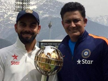 Indian team captain Virat Kohli (L) and coach Anil Kumble with the Test mace. Twitter/ @AnilKumble