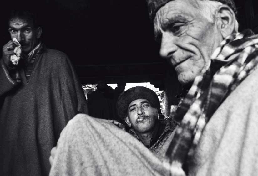 Azaan Shah / Shopkeepers at Jama Masjid market / Srinagar / 2016