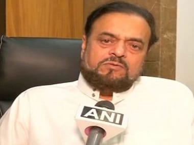 Abu Azmi receives threat calls, police files case against unidentified person