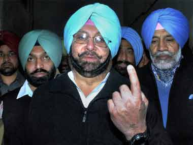 Punjab Chief Minister Amarinder Singh assures farmers of early debt waiver