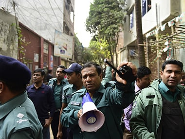 Bangladesh: Five militants, one firefighter killed in suicide blast during raid on militant hideout