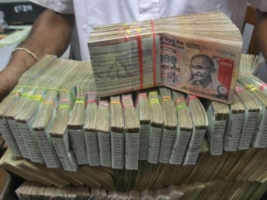 Demonetised currency worth Rs 1 crore seized in Gujarat, four arrested
