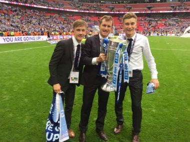 Dean Hoyle celebrates after securing promotion to the Premier League. Twitter: @deanhoyle96
