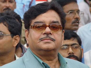 BJP Twitter war: Shatrughan Sinha says Sushil Modi needs to be taught a lesson after expulsion remark