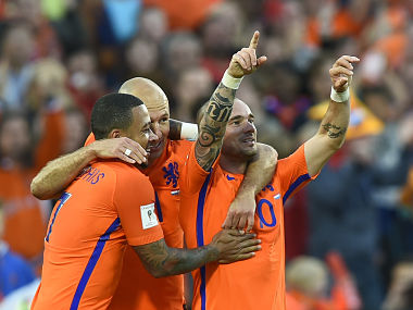 World Cup qualifiers: Netherlands mark Dick Advocaat's return as manager with 5-0 thumping of Luxembourg