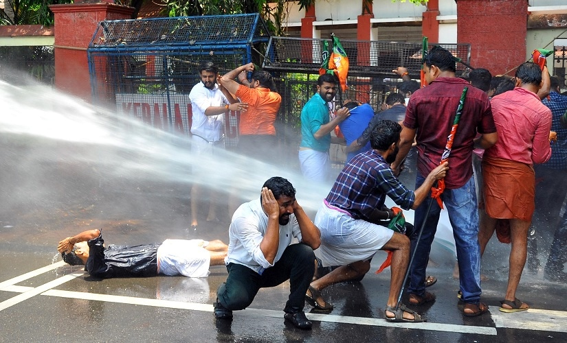 Protests against shutdowns in Kerala. Firstpost/Ashraf Padanna