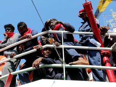 France to take in 25 African migrants evacuated from Libya, to be given refugee status by January