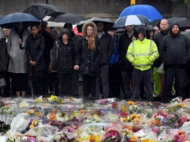 People pay their respects to victims of the London attack. Reuters
