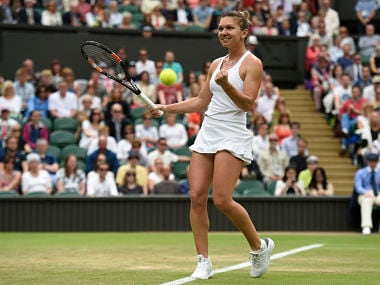 Britain Tennis - Wimbledon - All England Lawn Tennis & Croquet Club, Wimbledon, England - 2/7/16 Romania's Simona Halep celebrates winning her match against Holland's Kiki Bertens REUTERS/Toby Melville - RTX2JDBX