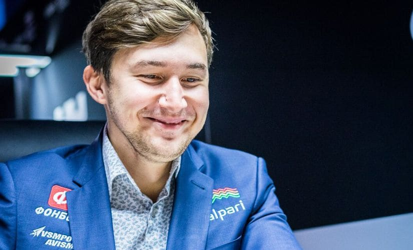 Sergei Karjakin looked quite happy before the round… Image courtesy: Lennart Ootes