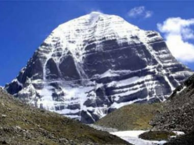 First batch of pilgrims departs for Kailash Mansarovar Yatra from Sikkim; will reach Nathu La on 20 June