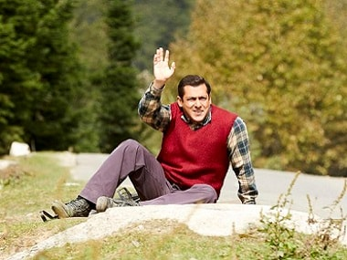 Tubelight - Tubelight works in the first half due to subtle messaging woven into an endearing story filled with humour and warmth., But it flounders in the second half, when it begins to stretch itself.