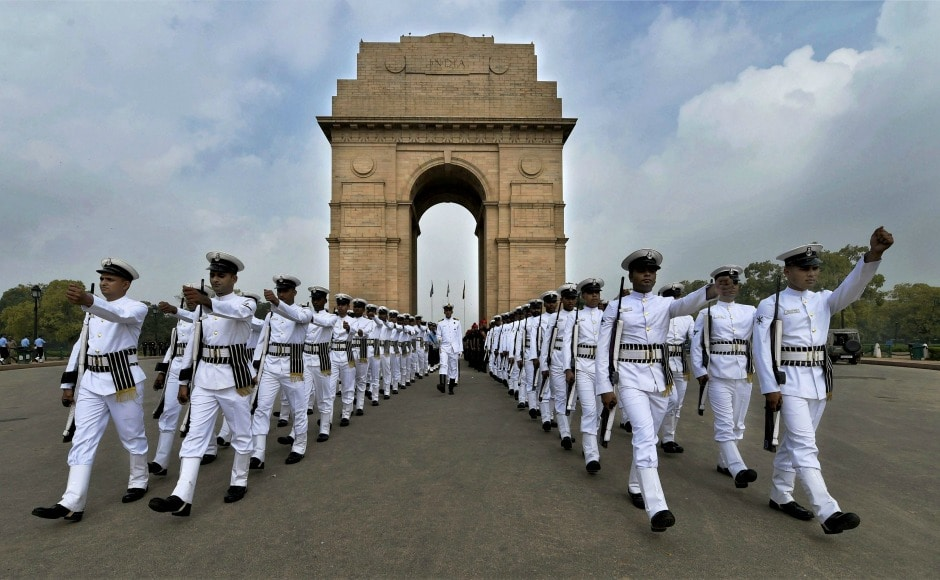Navy personnel also attended a function held at Amar Jawan Jyoti in India Gate inNew Delhi. PTI