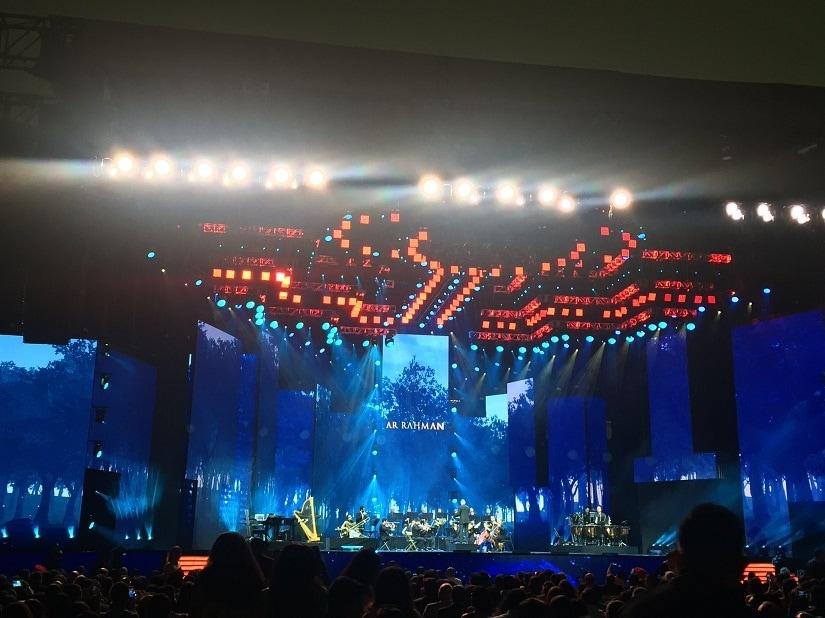 AR Rahman performs at IIFA Rocks