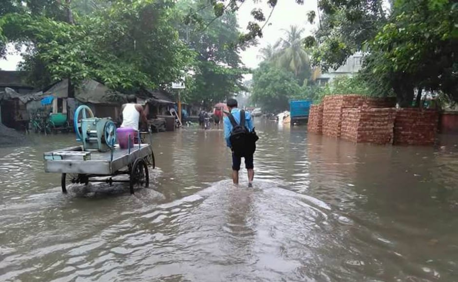 IMD officials have ruled out an immediate flood threat in the state. The East Midnapur district administration, among other local bodies, has issued an alert to fishermen, warning them against venturing into the sea. Twitter@broto_ranjan
