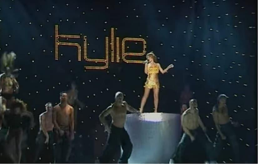 Kylie Minogue at IIFA Awards 2000. Screengrab from YouTube.