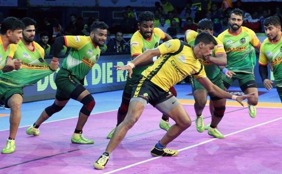 Telugu Titans were off to a good start leading 10-7 in the 14th minute following an overall impressive performance in both raids and tackles. Image courtesy: www.prokabaddi.com